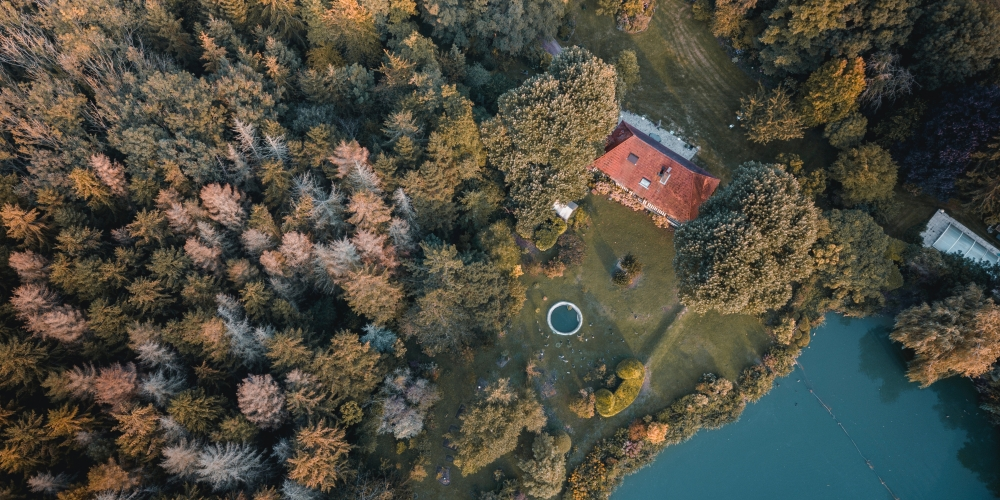 widok z drona gautier-salles unsplash CC-0