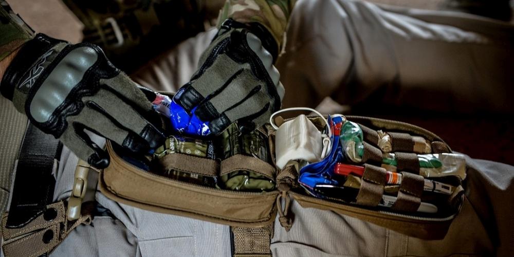 apteczka taktyczna USAF, CC-0