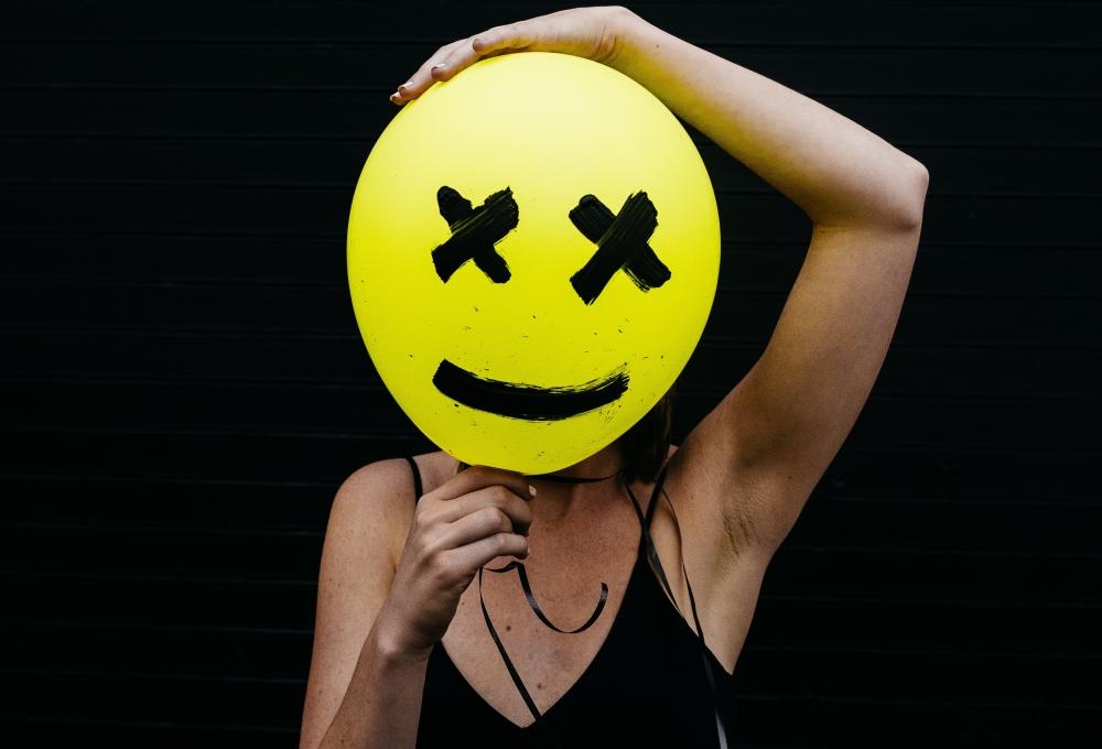 nienawiść, zdjęcie: charles-etoroma-unsplash-CC-0
