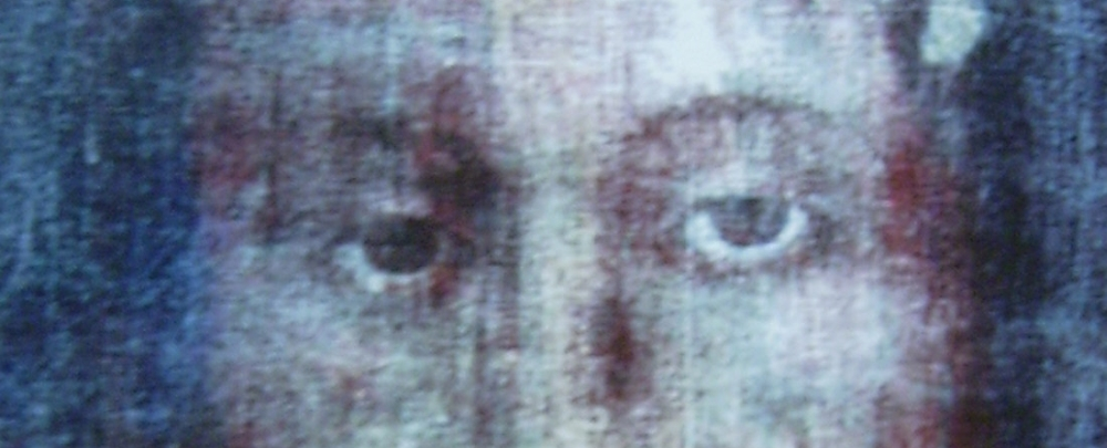 chusta z Manopello i Całun Turyński, zdjęcie: wikimedia.org, vSr. Blandina Paschalis Schlömer OSCO, photo taken by Br. Benno Maria Kehl OFM, uploaded by Rüdiger Sander, CC-BY