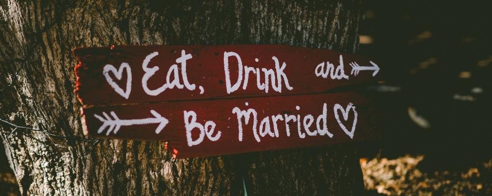 małżeństwo jest boskie, zdjęcie: ben-rosett@unsplash.com, CC-0
