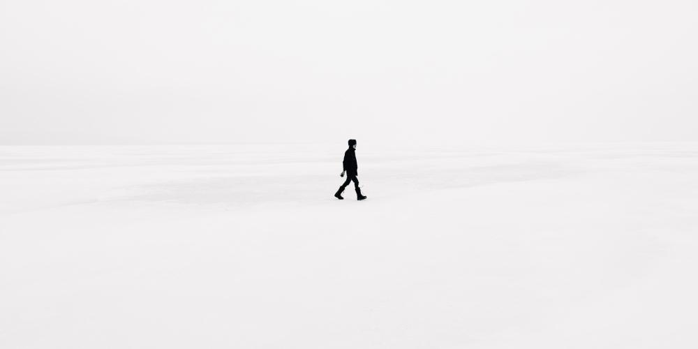 minimalizm wiary, zdjęcie: emile-seguin@unsplash.com CC-0